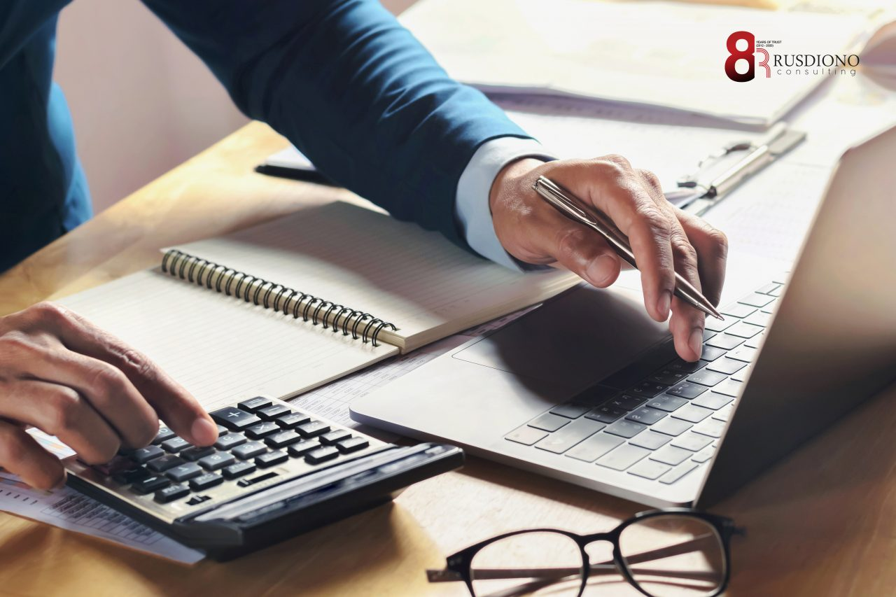 businessman-working-desk-with-using-calculator-computer-office-concept-accounting-finance-1280x853.jpg